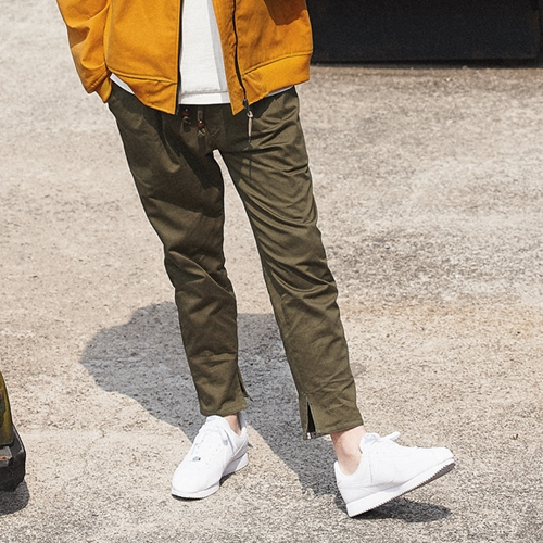 AWESOME IMAGINATION IN-SIDE SLIT COTTON BANDING PANTS Khaki