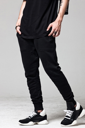 TRAINING JOGGER PANTS트레이닝 소재의 조거팬츠[one color / one size]