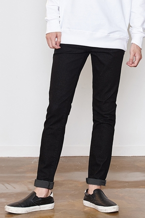 BLACK SLIM SELVEDGE SKINNY 블랙 스키니팬츠 [one color / 4size]