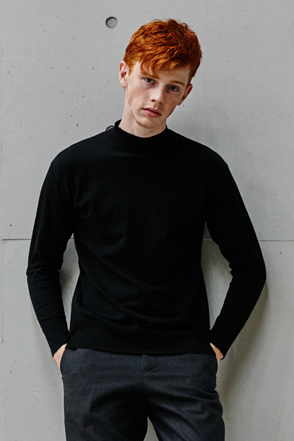 AWESOME IMAGINATION STANDARD WOOL HALF TURTLE NECK Black