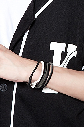 MAGMETIC TWIST BRACELER3단 꼬임 자석 팔찌[5color / one size]